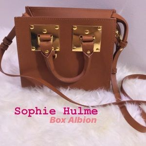 Sophie Hulme Box Albion in Saddle Tan Leather